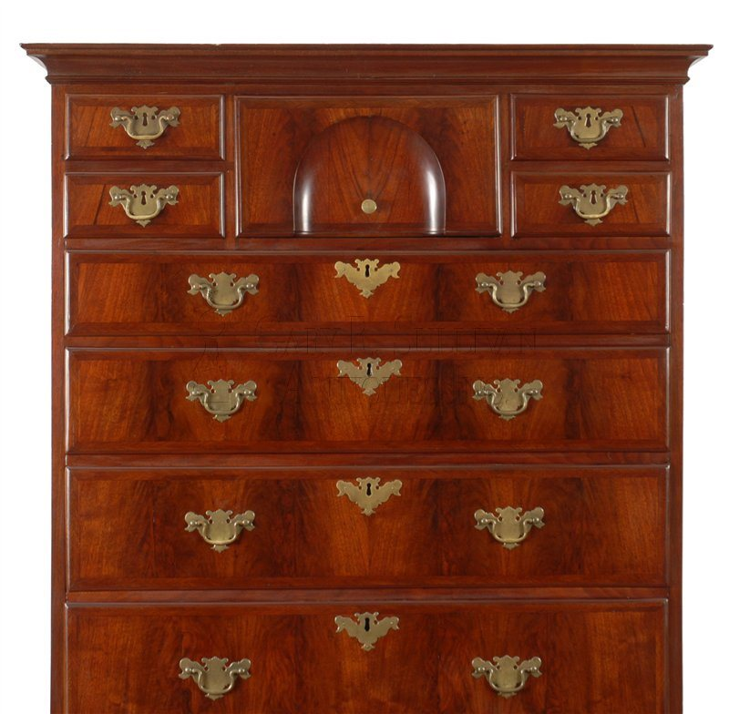 Queen Anne flat top high chest detail