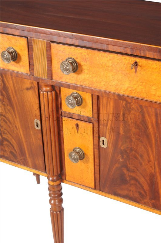 Rawson sideboard detail center